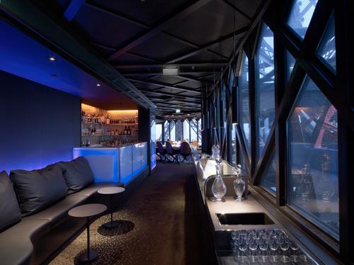 Restaurant-Le-Jules-Verne-tour-eiffel-le-blog-de-l-hotel-du-cadran-paris