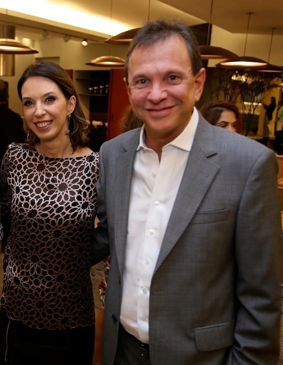 Os anfitriões Esther e Murillo Schattan