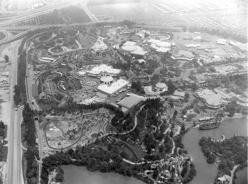 Vista aérea do Disney Land Park, em 1962 e já com áreas expandidas.