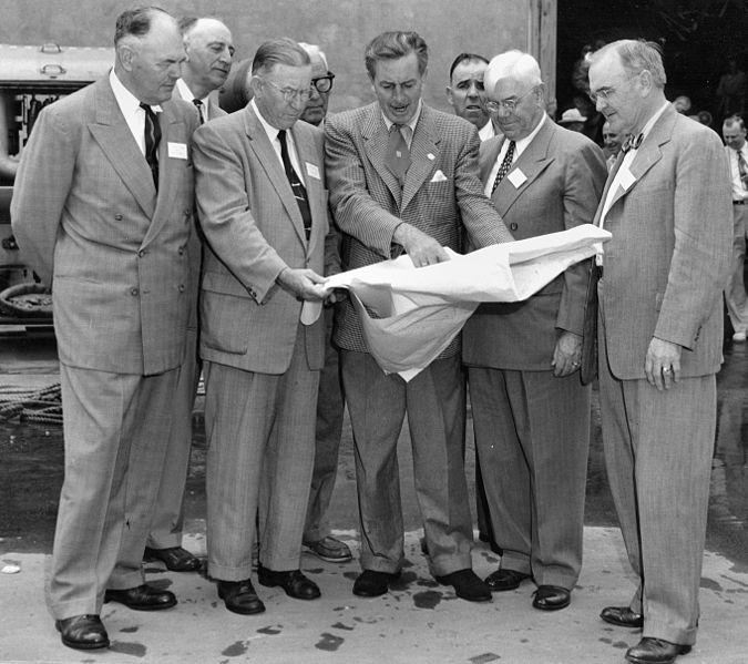 walt-disney-1954-amearquitetura-disneyland-losangeles