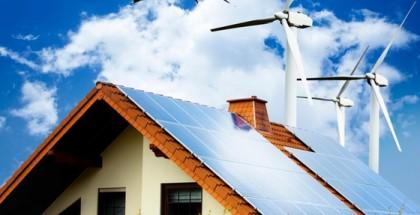 Casa com painel solar no telhado