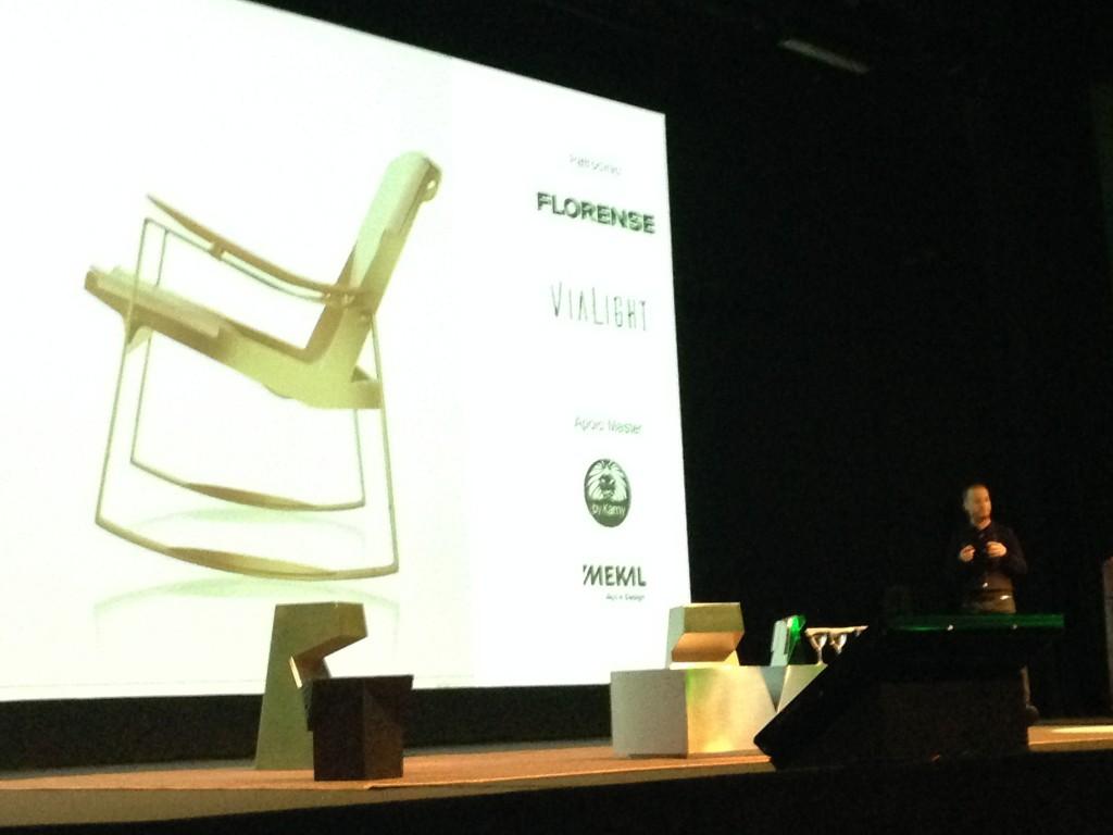 Jader Almeida explicou como é seu processo de criação eos materiais que se transformam em móveis-arte.