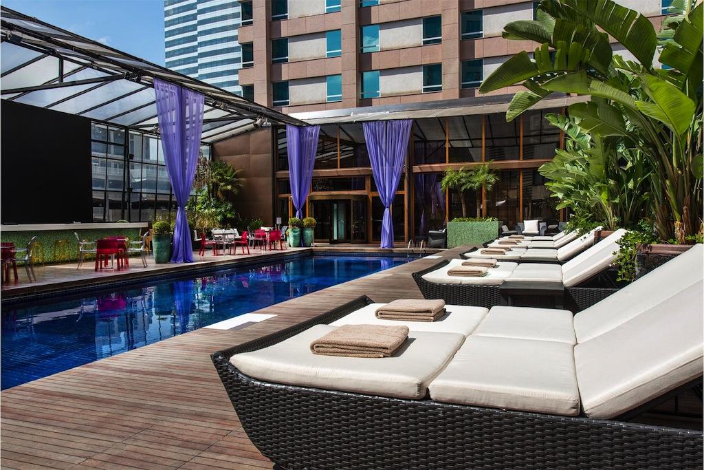Piscina no hotel é essencial para mim!!
