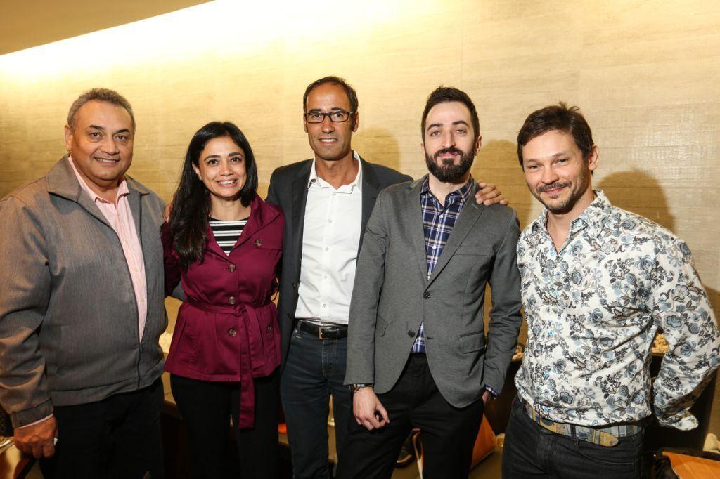 O querido Professor Turguenev Roberto de Oliveira, a gentilissima Tania D'Avella, Michel Penneman, Guilhermo Amorozo e o professor Alexandre Perroca