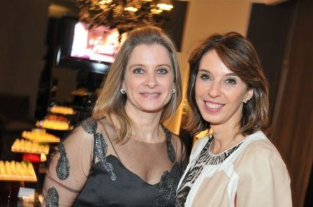 Vania Ceccoto e minha amiga e inentivadora Esther Schattan, da Ornare.