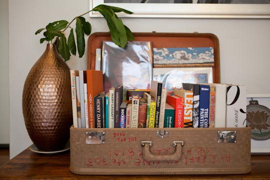 Uma otima ideia de guardar livros!