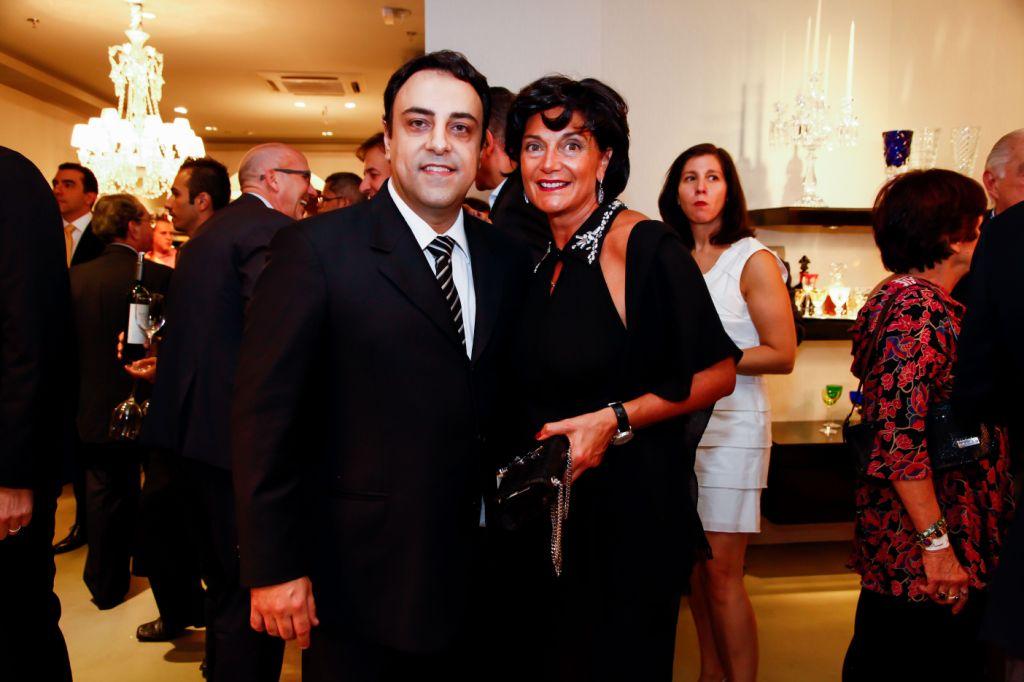 Luiz Claudio Bez e Daniela Riccardi, CEO Global da Baccarat em seu bronzeado italiano.