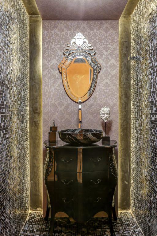 Bancada, materiais, e móveis clássicos: Glamour puro!
