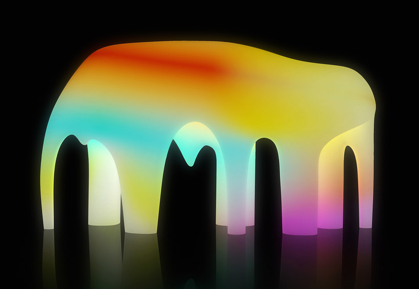 friendswithyou-light-cave-standard-high-line-new-york-designboom-01