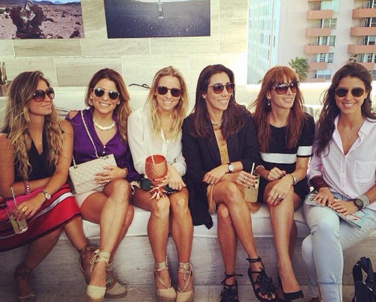 Brunch da Casa Elyx, eu, Adriana e Carol da Triplex Arquitetura, Mariana Amaral, Roberta Queiroz da Velvet Design e Maria Di Pace.