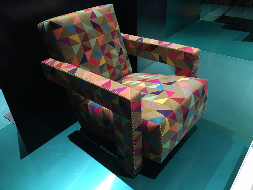 Reedição na Cassina: formas geométricas tomam conta.