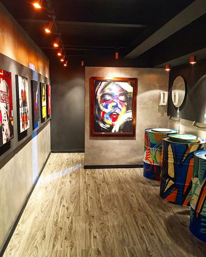 Banheiro Masculino - Galeria de Arte para o Morar Mais 2015 - ambiente premiado na categoria nacional da Mostra.
