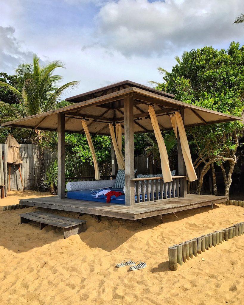 Day bed da Bahia Bonita... Vontade de ficar o dia inteiro com a brisa do mar, e lendo um livro.